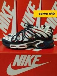 N 40 Nike importados primeira linha