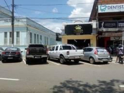 Excelente prédio comercial no centro da cidade de Santo Estevão Bahia