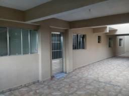 Casa com 2 dormitórios e quintal amplo em Barueri