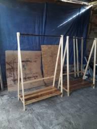 Arara de roupas de Palete e Pinus