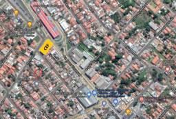 Casa - 3 qtos + Barracão no fundo