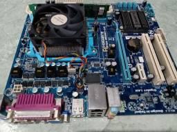Kit AMD Phenom X6 gigabyte 2Gb memória