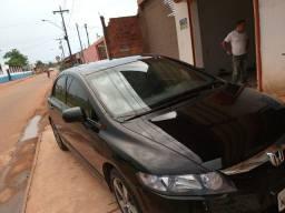 Carro 2007.