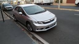 Honda Civic 2.0 LXR ANO13/14