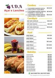 Hot dogs e açai