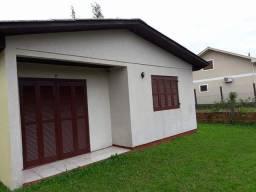 Alugo Casa 3 Dormitorios em Mariluz