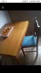 Masa 4 cadeiras vendo