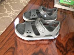 Sandália crocs infantil masculina