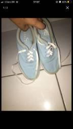 Tênis azul claro n*35