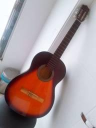 Vendo esse lindo violão
