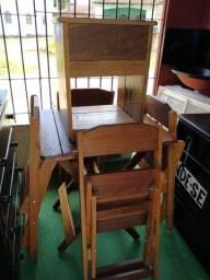 Mesas em madeira de lei