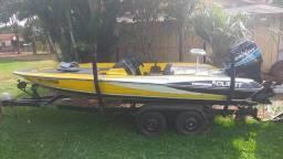 Lancha barco boat Quest 290 ano 2010 + Motor Mercury ano 2009 175HP