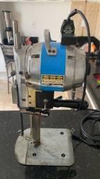Máquina de corte tecido faca revisada