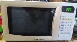 Micro ondas Eletrôlux 23 litros