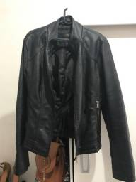 Jaqueta feminina de couro sintético