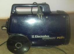 Aspirador de Pó Electrolux Compact Plus