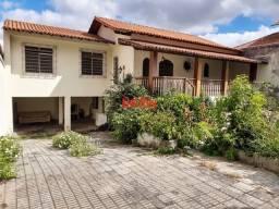 Casa 4 quartos R$650mil em excelente localização no Caiçara