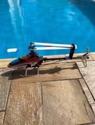 Helicóptero Blade 450 3d novo.
