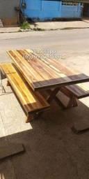 Mesa de madeira teca de 2.20m com 2 banco (nova)