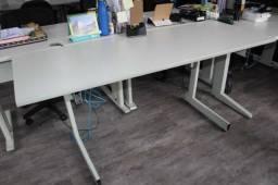 Mesa de escritório / em MDF / Ferro Branco 75 cm x  165 cm x  60 cm
