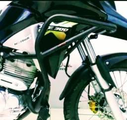 Protetor de carenagem para moto