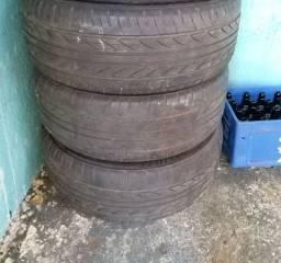 Vendo pneus 245/40/19 filé bom estado 200 cada