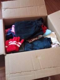 Doação  de roupas para crianças