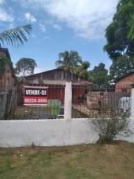 Casa parcelada com entrada