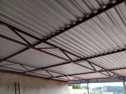 Telhados e estrutura metálica