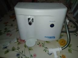 Purificador de água semi novo nunca mas compre garrafão de água
