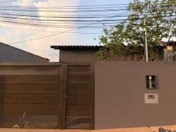 Casa á Venda Bairro Guanandi.