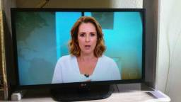Tv LG led 32 pl bem conservada $$ 550