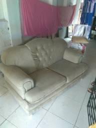 Vendo sofá bem conservado