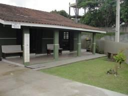Ótima casa a 60m da praia de Itapema do Norte!
