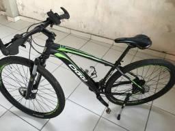 Bicicleta Oggi aro 29/Rock shox/Freio Hidráulico