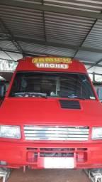 Vendo ou troco por carro de meu interesse Food truck iveco 2003 2004