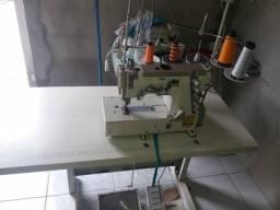 Vendo máquina de costura semi nova goleira