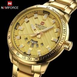 5eb0ac4cded Relógio Masculino Dourado - Aço Inox