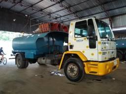 Caminhão Ford Cargo 1317 2005 Pipa toco - 2005