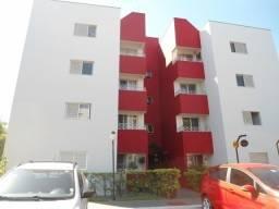 Apartamento repleto em armários no Residencial Vila Inglesa