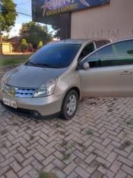 Nissan Livina - 2009