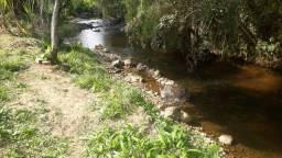 Chacrinha com rio