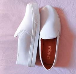 Sapato branco feminino