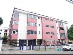 Apartamento com 3 quartos, 100 m²