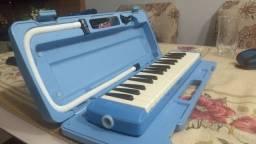 "Escaleta *YAMAHA* Pianica P32D ""NOVA"""