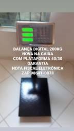 MODELO CHÃO ( BALANÇA DIGITAL 200kg) NA CAIXA GARANTIA SERVIÇO DOMICÍLIO
