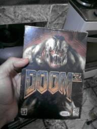 Jogo Doom 3 original raro em ótimo estado