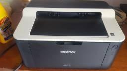 Impressora a laser - Brother