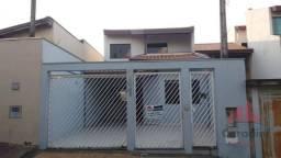 Casa de 2 quartos para locação, 150m2