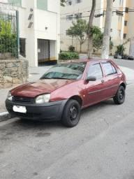 Carro - Ford Fiesta 2000